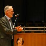 Stefan Schwartze verabschiedet die ausscheidenden Vorstandsmitglieder