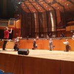 Abstand ist alles! Chorprobe unter der Leitung von Prof. Dennis Hansel-Dinar